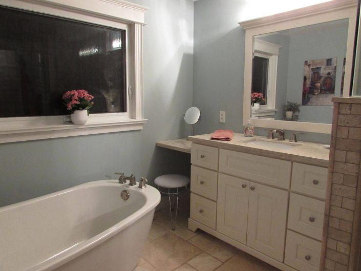 Bathroom Renovation One - Bathtub and Sink